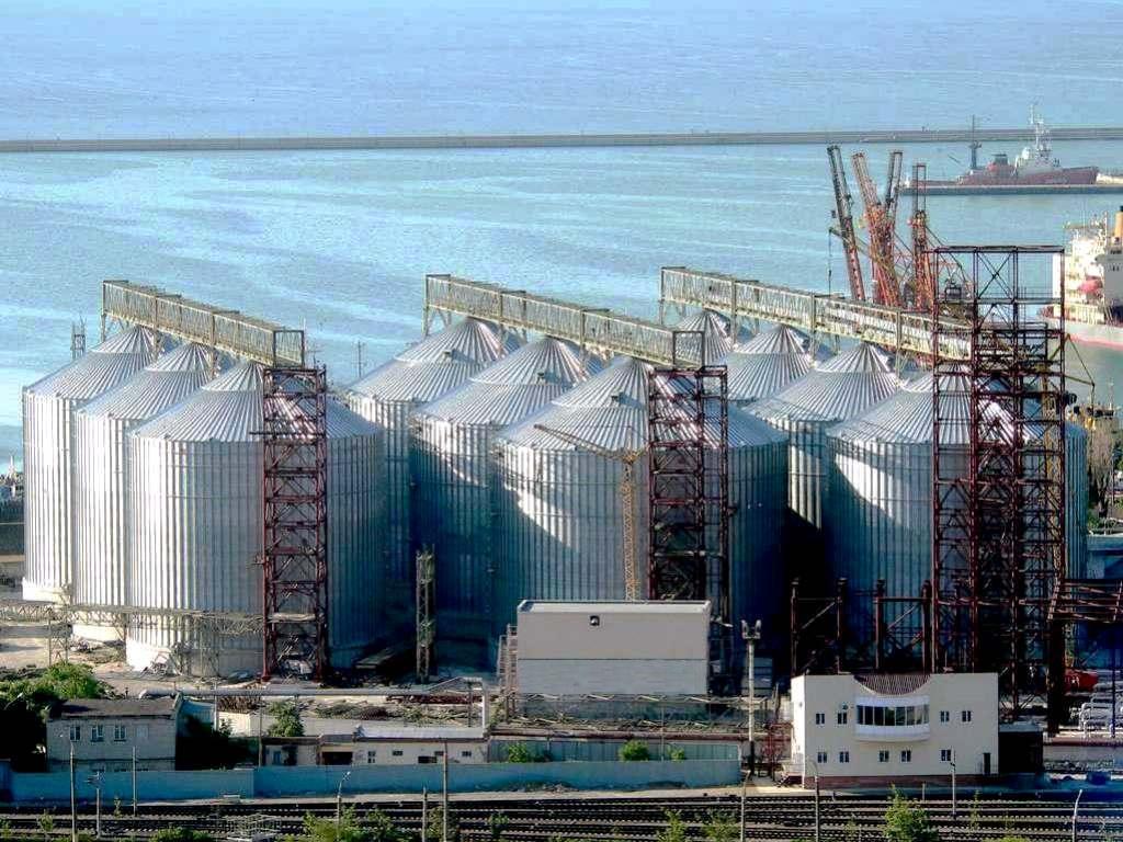 В  Крыму простаивают зерновые терминалы